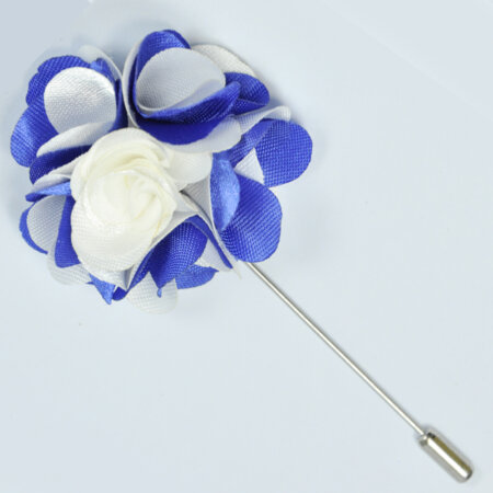 Stylish White Flower Lapel Pin 1