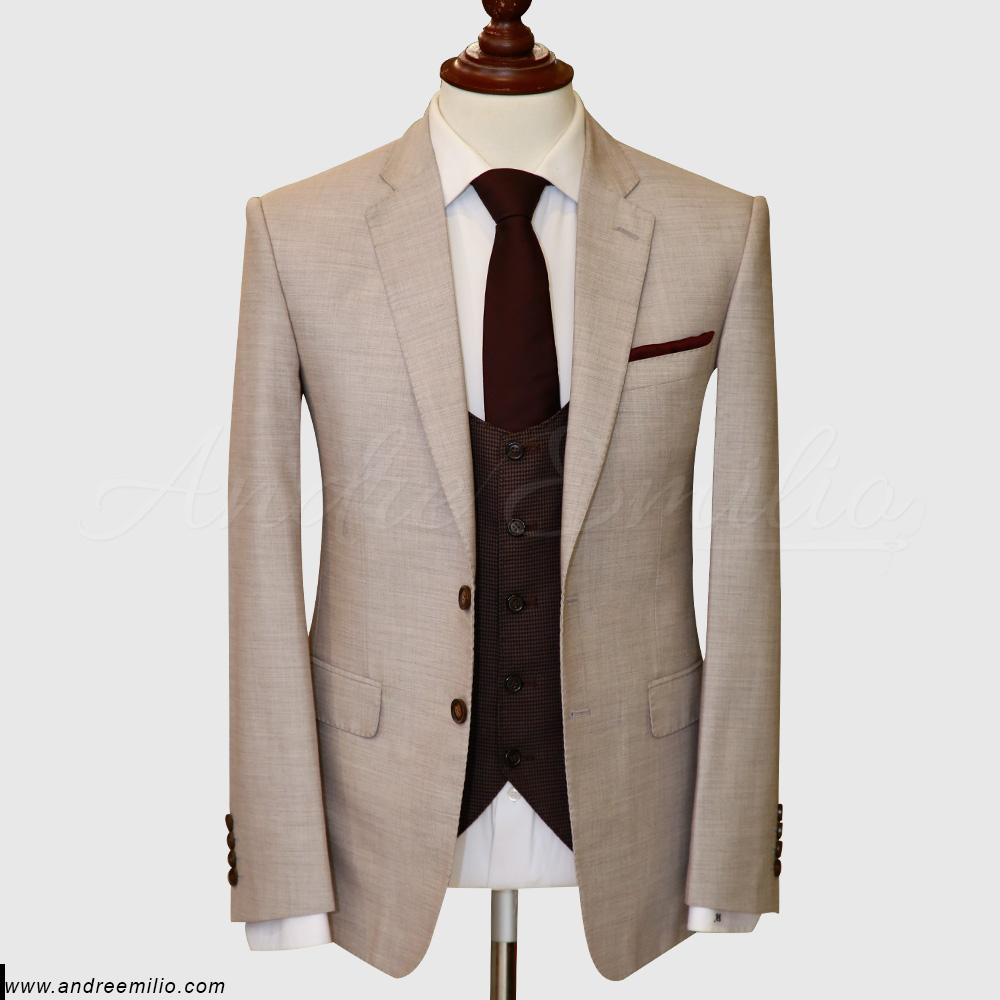 Modern Fit off White 3 Piece Suit