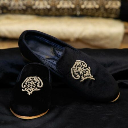 Black Loafers Crest (1)