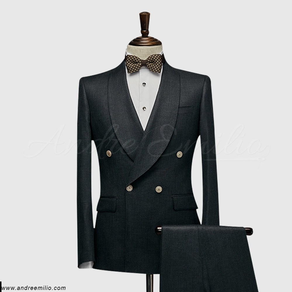 Men grey double breasted suit