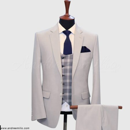 Pinch Of Cream 3 Piece Suit