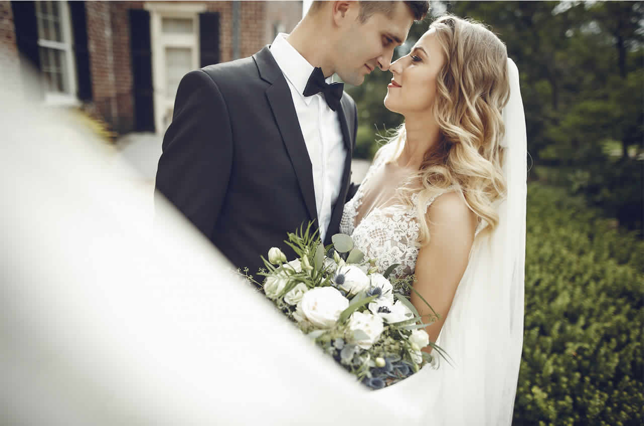 Tips To Buy Tuxedo Suits For Men